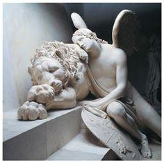 Monumento funerario a Maria Cristina d'Austria  (particolare del genio funebre alato che piange  su un leone morto) Calco in gesso del marmo, 1800 Antonio Canova