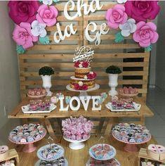 31 ideas diy wedding bar table decor for 2019 Wedding Party List, Diy Wedding Reception, Wedding Seating, Wedding Table, Baby Girl Room Decor, Baby Room Diy, Diy Bath Bombs Easy, Birthday Decorations, Table Decorations