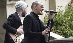 Chester Bennington, lead singer of Linkin Park, dies of suspected suicide at age 41