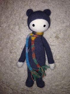 BINA the bear made by Anne G. / crochet pattern by lalylala