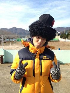 Kang Gary has won some of the most important episode of Running Man. He has also created some of the most memorable variety show characters but he was not always like this. Let's look back. Gary Running Man, Running Man Funny, Running Man Song, Running Man Cast, Running Man Korean, Ji Hyo Running Man, Korean Variety Shows, Korean Shows, Monday Couple