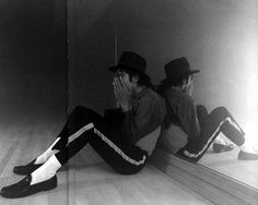 I love these photos of MJ rehearsing! He's SO dedicated to his art, mission and message!