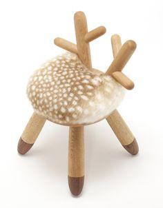 Bambi Chair by Kamina & C (Japan), Oak, Walnut, Fake fur.