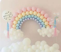 First Birthday Theme Girl, Baby Boy 1st Birthday Party, Rainbow Birthday Party, Unicorn Birthday Parties, Golden Birthday, Birthday Ideas, Rainbow Balloon Arch, Balloon Arch Diy, Balloon Clouds