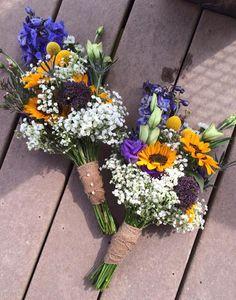 Bridesmaids bouquets 8-3