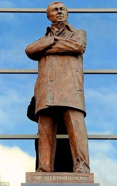 Statue of legendary manager Sir Alex Ferguson, Old Trafford, Manchester United FC. Manchester United Football, Manchester Uk, Sir Alex Ferguson, Premier League Champions, United We Stand, Old Trafford, Man United, A Team, Lion Sculpture