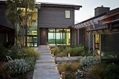 newzealandhousedesign - Google Search like the simplicity matching the arid garden