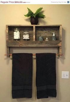 Pipe and pallet towel bar