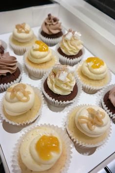 Cupcakes & Coffee! www.cupcakesncoffee.co.uk #cupcakes #baker #bakery #homemade #cornwall #southwest #tasty #cupcake #cupcakeideas #compote #spring #summer #selection #selectionbox #saltedcaramel #caramel #hotchocolate #chocolate