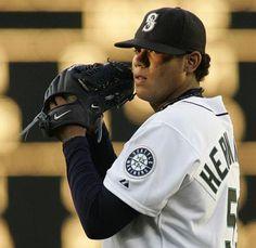 """Rey Felix Hernandez.    Lanzador de las Grandes Ligas de Béisbol. Lanzó un """"Juego Perfecto"""" contra los Rays de Tampa Bay, convirtiendose así en el primer venezolano en lograr tal proeza."""