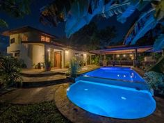 Costa Rica Rent this 3 Bedroom House Rental in La Fortuna de San Carlos for $300/night. Has Porch and Grill.