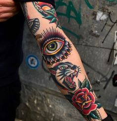 Old School Inspiration Traditional Tattoo Old School, Traditional Tattoo Art, Traditional Tattoo Sleeve Filler, Traditional Tattoo Inspiration, Tribal Pattern Tattoos, Tribal Tattoos, Western Tattoos, Female Tattoos, Indian Tattoos