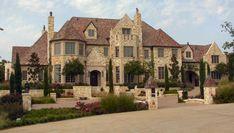 Cuore Di Leone | A 6 bedroom luxury home by Dallas Design Group  dallasdesigngroup.com