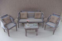 Dollhouse sofa set made by Jolanda Knoop