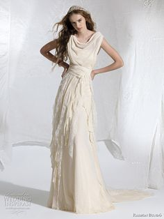 Raimon Bundó Wedding Dresses 2011 | Wedding Inspirasi