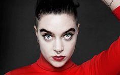 Beatrice Eli: Jag har hittat min inre goth - DN.SE Beatrice Eli, Pretty Woman, Beyonce, Goth, Beauty, Google, Women, Fashion, Musica