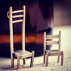 2 Chairs, silver necklaces by Rone Prinz