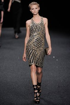 Elie Saab Spring 2010 Ready-to-Wear Collection Slideshow on Style.com