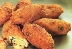 Κεφτεδάκια κοτόπουλο-featured_image Food Categories, Greek Recipes, Finger Foods, Muffin, Food And Drink, Appetizers, Meat, Chicken, Vegetables