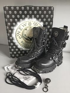 New Rock 'Reactor' Boots Size 39 UK6 - SUPERB CONDITION - BOXED