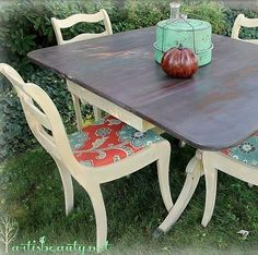 Fairy Tale Rescued Table and Chairs Makeover