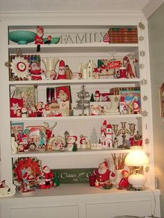 Christmas display of vintage items Christmas Booth, Tacky Christmas, Merry Little Christmas, Christmas Past, All Things Christmas, Christmas Ideas, Christmas Displays, Christmas Figurines, Vintage Christmas Ornaments
