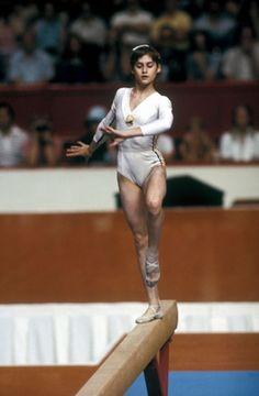 Nadia Comaneci, Gymnasts, Photoshoot, Sports, Women, Rocks, Hs Sports, Photo Shoot, Sport