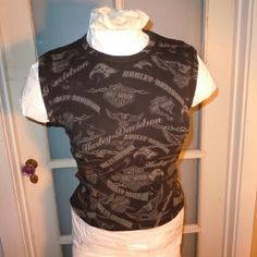 """Harley Davidson tank, M. EUC From Laramie Wyoming, this is a quality top. Soft thick and rich cotton. Nice fit, 19"""" shoulder to hem. If you're a Harley chick, or know one, be sure to check out my entire closet...BUNDLE! Harley Davidson Tops Tank Tops"""