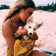 Shared by M A L I B U. Find images and videos about girl, cute and beach on We Heart It - the app to get lost in what you love. Cute Puppies, Cute Dogs, Dogs And Puppies, Doggies, Corgi Puppies, Animals And Pets, Baby Animals, Cute Animals, Cute Creatures