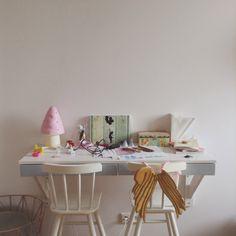 Kids room - Desk and wings - Kaszka Z Mlekiem