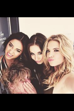 Find images and videos about pretty little liars, pll and ashley benson on We Heart It - the app to get lost in what you love. Pretty Little Liars Series, Pretty Litte Liars, Abc Family, Shay Mitchell, Ashley Benson, Pretty Little Liars Actrices, Spencer Hastings, Youre My Person, Film Serie