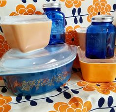 Love the orange and blue! ~ Vintage Pyrex