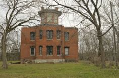 Marine Hospital,  1 of my favorite things about Galena,  wish it was open to the public