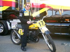 Roger DeCoster sitting on my Suzuki RN 370-1972 replica at San Francisco Supercross.
