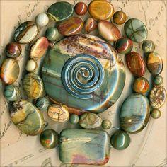 "Red Creek Jasper Beads & Pendant~6-10mm Rounds Ovals~17"" Str. Natural Color"