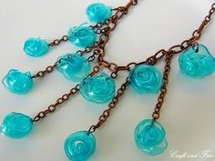 Tutorial – Necklace made with recycled plastic bottle