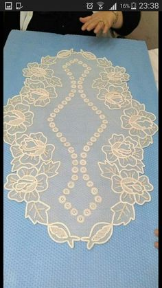 Curtain Designs, Lace Making, Mavis, Cutwork, Creative Art, Embroidery Designs, Diy And Crafts, Decoration, How To Make