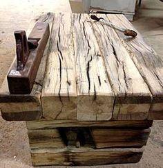 Möbel aus alter Eiche