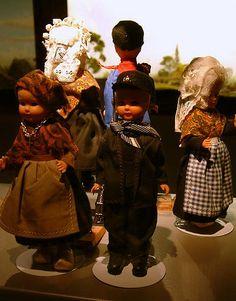 Nationaal Tinnen Figuren Museum 2010, via Flickr.  Dutch dolls from the Limburg province | Poppen uit de provincie Limburg