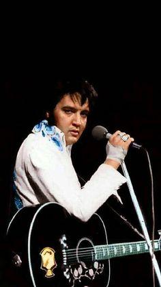 October 2, 1974 ~ Elvis in Concert ~ St. Paul