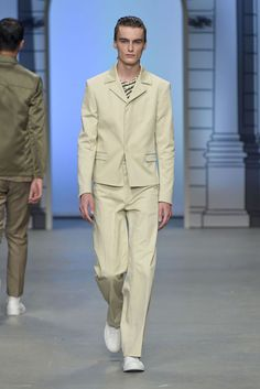 Maison Margiela Paris Fashion Week Menswear Spring Summer 2017 Trends MIM Fashion PR : Belt Your Jacket !
