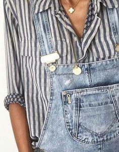 fashion blogger details
