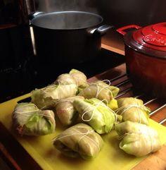 Guttas Kjøkken: Kålruletter Mince Meat, Sprouts, Cabbage, Food And Drink, Favorite Recipes, Vegetables, Board, Veggies, Cabbages