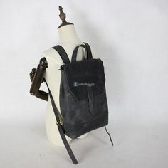 ab4d17e7fd99  196.56 Black Leather Rucksacks Small Backpack Vintage Leather Backpack