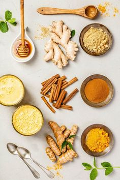 Looknig for a healthy turmeric tea or golden milk recipe? These 8 turmeric golden milk recipes are packed with serious taste and health benefits! Turmeric Golden Milk, Turmeric Tea, Cooking With Turmeric, Ginger And Cinnamon, American Diet, Turmeric Health Benefits, Plant Protein, Healthy Pumpkin, Milk Recipes