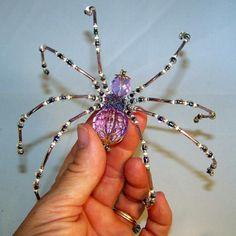 Christmas Spider Lavender Crystalline Beaded by PKJcreations Christmas Spider, Christmas Ideas, Wire Jewelry, Jewelry Art, Jewlery, Bead Crafts, Jewelry Crafts, Beaded Spiders, Beaded Animals