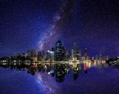 Australia - Queensland - Brisbane and the milky way