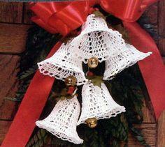 ergahandmade: Crochet Bell Garland + Free Pattern
