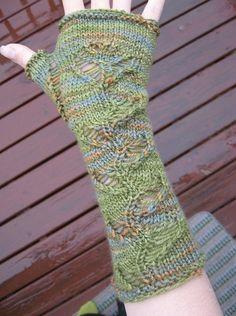 Free Knitting Pattern - Fingerless Gloves & Mitts: Unstrung Fingerless Mitts
