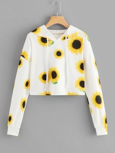 Sunflower Print with White Background Cropped Hoodie🌻 Cute Lazy Outfits, Crop Top Outfits, Pretty Outfits, Cool Outfits, Girls Fashion Clothes, Teen Fashion Outfits, Stylish Hoodies, Vetement Fashion, Teenager Outfits